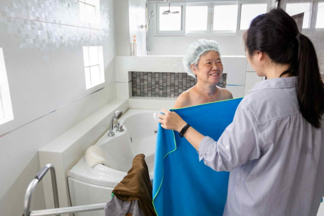 Personal Care: Why It Is Essential to Seniors